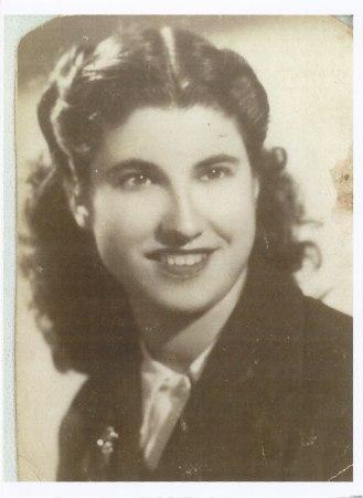Ana Yagüe, mujer de Raúl Yagüe, 1953.