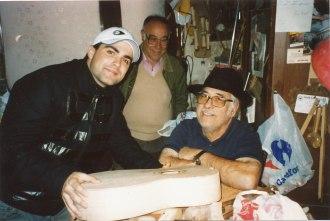 Con Naím Thomas y el amigo y vecino Paco Lloret